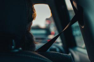 Contrat d'assurance voiture sans permis : combien de personnes peuvent être assurées ?