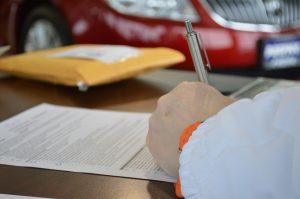 Assurance auto : Loi Hamon, pour faciliter la résiliation