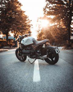 Comment bien assurer sa moto sportive ?