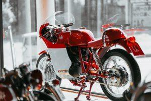 Combien coûte l'assurance d'une moto électrique ?