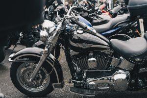 Comment fonctionne l'assurance moto jeune conducteur